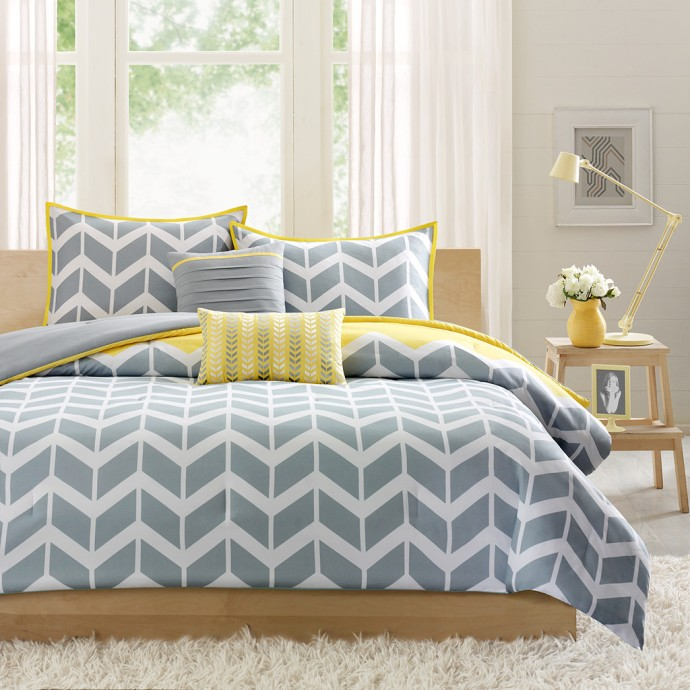 contemporary-bedroom-yellow-gray-chevron-bedroom-decor-ideas-chevron-pattern-comforter-set-window-design-room-lighting-terraced-nightstand-made-wood