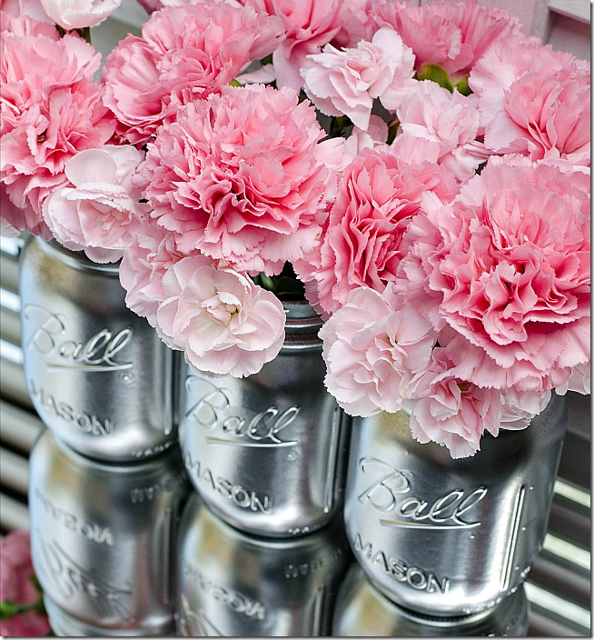 silver-spray-paint-mason-jar-vase-for-wedding_thumb