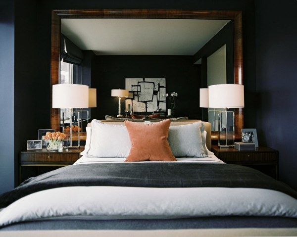 a-pair-of-lamps-and-nightstands-in-an-elegant-bedroom
